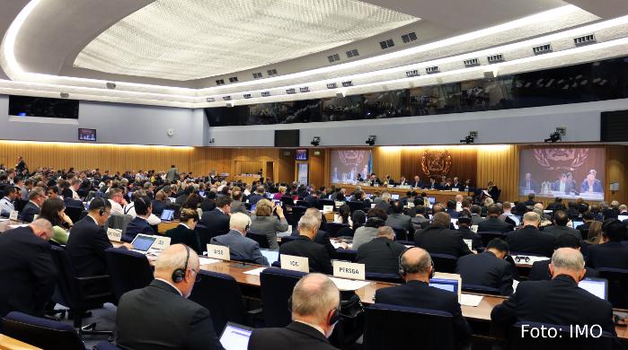 IMO senkt Schwefel-Grenzwert für Schiffe auf 0,5 Prozent