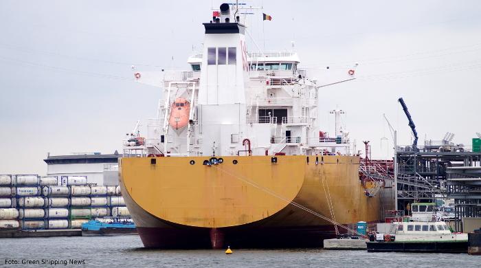 Müll von Schiffen wird im Hafen entgegengenommen