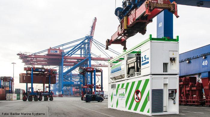 Das Powerpac von Becker Marine Systems versorgt Schiffe im Hafen mit LNG