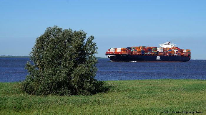 Norbert Brackmann kündigt neue Fördermittel für maritime Branche an.