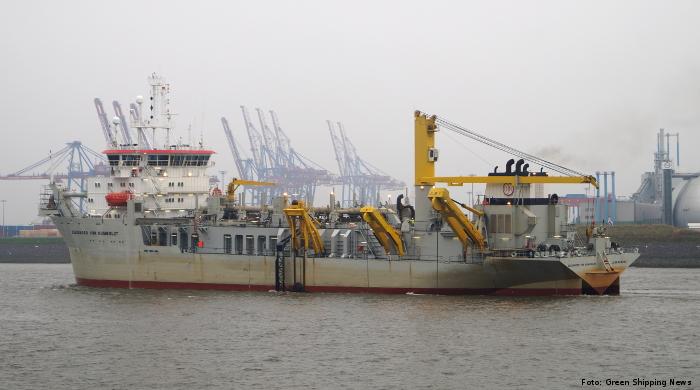 """Baggerschiff """"Alexander von Humboldt"""" fährt mit Biokraftstoff"""